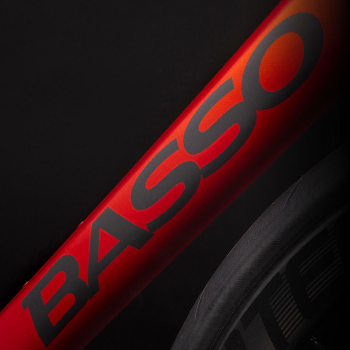 Basso Astra v5